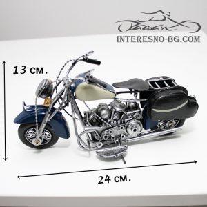 Ръчно изработен мотоциклет с ретро(vintage) визия-чудесен подарък за всички любители на двуколесните превозни средства.