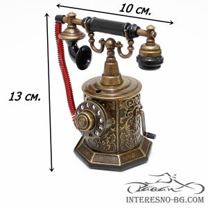 Настолна запалка-метален ретро телефон.