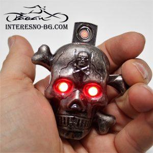 USB запалка Череп със светещи очи-оригинален подарък за фенове на рока и мотоциклетите.