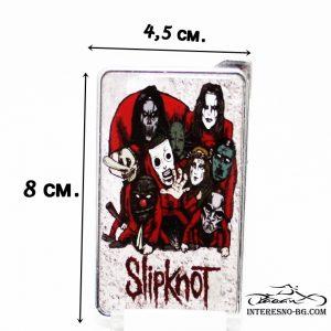 Slipknot-оригинален подарък за феновете на музиката.