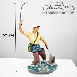 Статуетка Рибар.