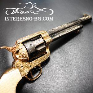 Декоративен ретро револвер COLT.