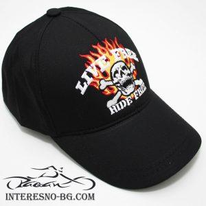 Черна, бейзболна шапка с козирка LIVE FREE.