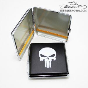 Метална табакера Punisher.