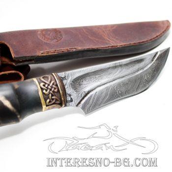 Ръчно изработен ,кован нож от дамаска стомана