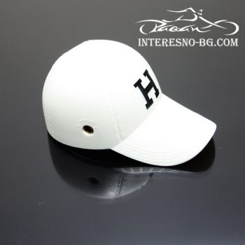 Запалка бейзболна шапка